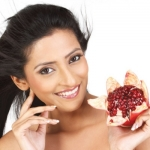 1 பழம்... 14 பலன்கள்... பிரமிக்கவைக்கும் மாதுளை! #FruitfulLife