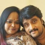 'சினிமா மாதிரி எங்க காதலும் டிரெயின்லதான் ஆரம்பிச்சது!' - கலா மாஸ்டர் காதல் கதை