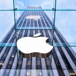 வயர்லெஸ் சார்ஜிங்... ஃபேஸ் டிடெக்ஷன்... ஐ போன்-8 வதந்திகள்! #iPhone8Rumors