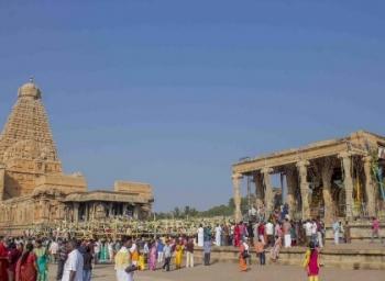 தமிழ்நாட்டில் சிறப்புமிக்க 8 கோயில்களின் விஷேசங்கள்..! #PhotoStory