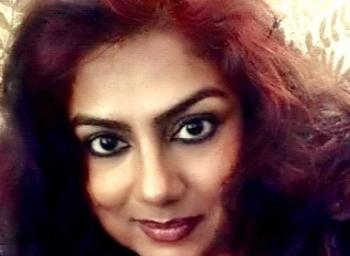 'தமிழ்நாட்டு அரசியலைப் பார்த்தா அவமானமா இருக்கு!' - கொதிக்கிறார் நடிகை ரஞ்சனி