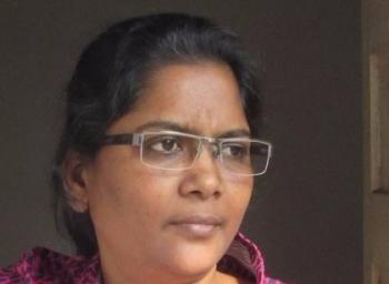 'ஆண்மை என்ற வார்த்தையை அழித்தெறியுங்கள்!' - சீறும் கவிஞர் மாலதி மைத்ரி