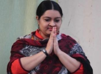 'எம்ஜிஆர் அம்மா தீபா பேரவைக்கு நான்தான் செயலாளர்' - தீபா