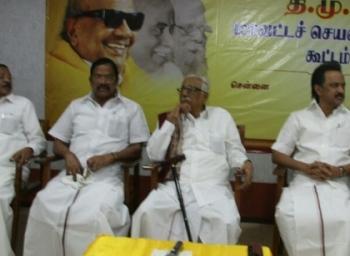 உள்ளாட்சித் தேர்தல் : தீவிரம் காட்டும் தி.மு.க!