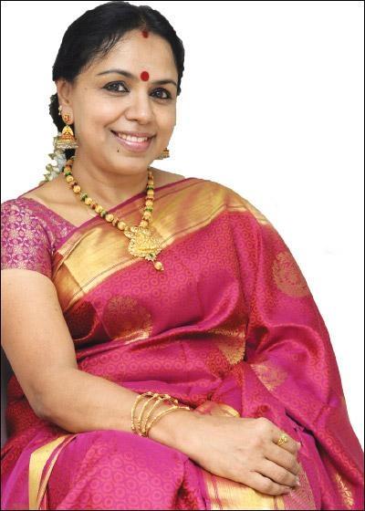 பாடகி சுதா ரகுநாதன்