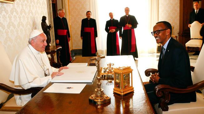Pope and Rwanda francis
