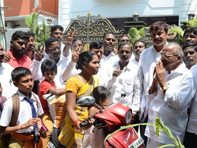 ஆர்.கே.நகர் தொகுதி மதுசூதனன் பிரச்சாரம்