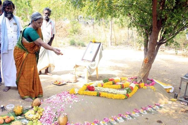 சாவித்திரி நம்மாழ்வார்