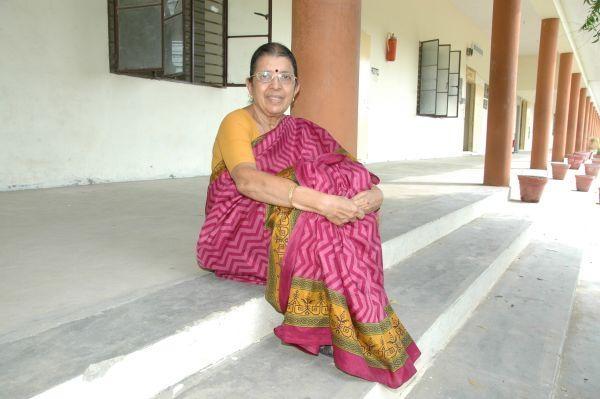 மறுவாழ்வு மையம் நடத்திவரும் சாந்தி ரங்கநாதன்