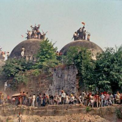பாபர் மசூதி வழக்கு: மீண்டும் விசாரிக்க சிபிஐக்கு உச்சநீதிமன்றம்