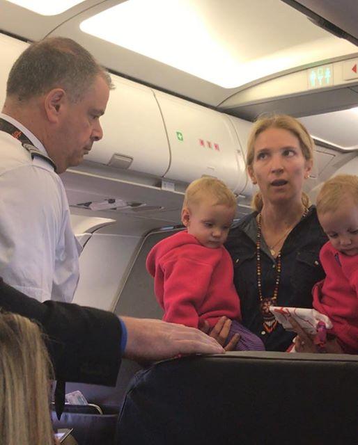 american airlines passenger hit