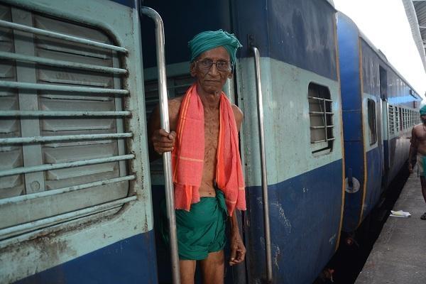 87 வயதான சம்மந்தம் தாத்தா