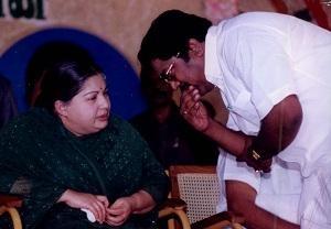 ஜெயலலிதா, டி.டி.வி.தினகரன்
