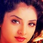 க்யூட் இளவரசியாக மின்னி மறைந்த நிலா பெண்ணை மறக்க முடியுமா? #DivyaBharatiMemories
