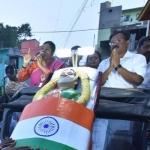 ஜெயலலிதாவின் சவப்பெட்டியும் அருவருப்பு அரசியலும்! #CoffinForVotes