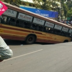 #UPDATE சென்னை அண்ணா சாலையில் திடீர் பள்ளத்தில் விழுந்த பேருந்து