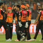 #IPL10: கடைசி ஓவர் வரை சென்ற ஐபிஎல் போட்டி... ஹைதராபாத் த்ரில் வெற்றி!