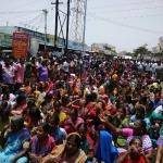 டாஸ்மாக் கடையை துவம்சம் செய்த பொதுமக்கள்! அதிர்ந்துபோன திருப்பூர் போலீஸ்