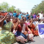 'ஓயமாட்டோம்!' போராட்டத்தில் அரசு ஊழியர்கள்... முற்றுமுதலாக முடங்கிய பணிகள்!
