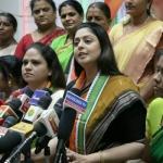 கேரள அமைச்சர் எம்.எம்.மணிக்கு எதிராக நடிகை நக்மா போர்க்கொடி