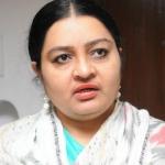 'ராமதாஸ் எலி, நான் புலி!' - சீண்டும் ஜெ.தீபா