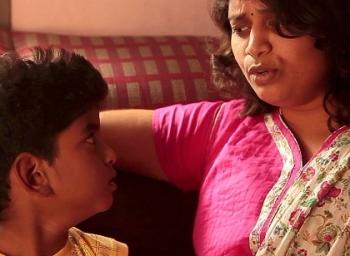 மனிதம் பேசும் குறும்படம்... 170 டப்ஸ்மாஷ்... அசத்தும் 19 வயது மாணவர்! #ShortFilm