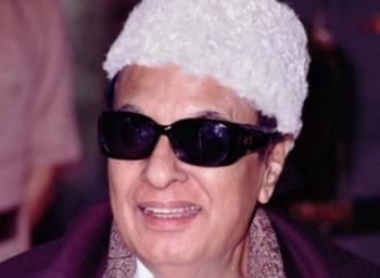 'எம்.ஜி.ஆர். அபிமானிகளின் வாக்குகள் யாருக்கு?' - ஆர்.கே.நகர்வல கலாட்டா அனுபவம்