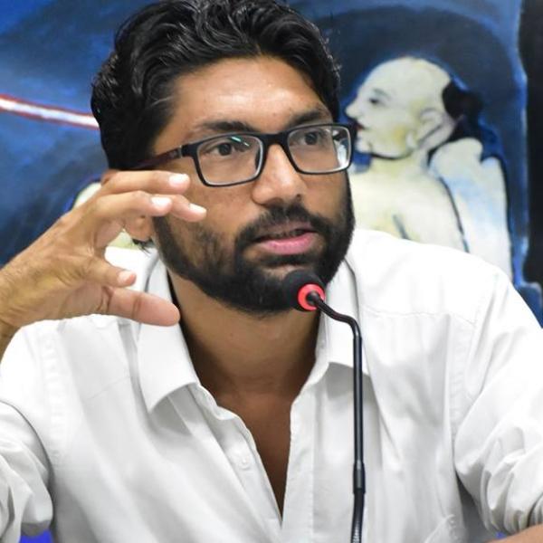'சாதி அழித்தொழிப்பு தலித் கட்சிகளின் செயல்திட்டத்திலேயே இல்லை!' - ஜிக்னேஷ் மேவானி