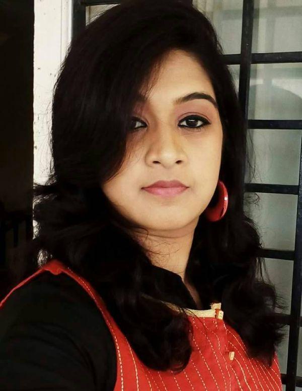 நடிகை மோனிகா