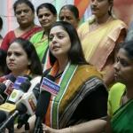 'எங்கே ஒவ்வொருவர் வங்கி கணக்கிலும் 15 லட்சம் ரூபாய்?' - மோடியை சீண்டும் நக்மா!