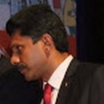 அமைச்சர் விஜயபாஸ்கர் வீட்டில் ரெய்டு நடத்திய அதிகாரி அதிரடி மாற்றம்