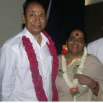 என் அம்மாவுக்காக பிரார்த்தனை பண்ணுங்க..! - ராகவேந்திர ராஜ்குமார்  உருக்கம்