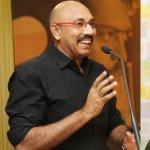 நடிகர்கள் சரத்குமார், சத்யராஜ் உட்பட எட்டு பேருக்கு பிடிவாரன்ட்!