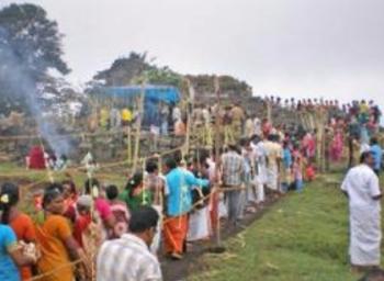 சித்ரா பௌர்ணமியில் நலம் பல அருளும் கண்ணகி!