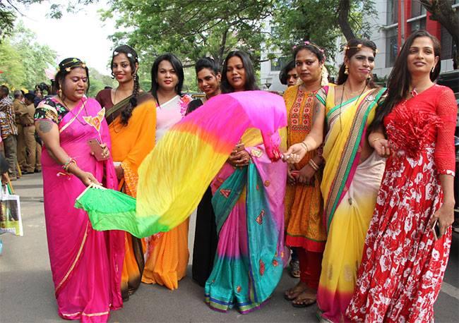 எல்ஜிபிடி சமூகத்தினர்.