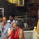 மிதித்தால் மின்சாரம்- சீரடி கோயிலில் புதிய திட்டம்!