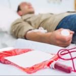 கொடுத்தால் குறையாத ஒரே தானம்... ரத்த தானம்! #Blood_Donor_Day