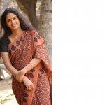 'காலா' படப்பிடிப்பில் ஈஸ்வரி ராவ்..!