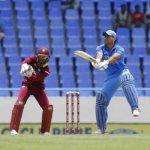 தோனி அதிரடி ஆட்டம்... 251 ரன்கள் குவித்தது இந்தியா!