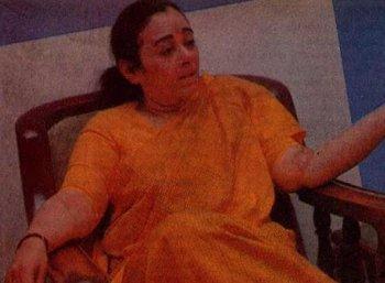 """""""ஜெயலலிதா சந்திரலேகா மோதல்"""" சசிகலா, ஜெயலலிதாவின் உடன்பிறவாச் சகோதரியான கதை, அத்தியாயம் - 47"""