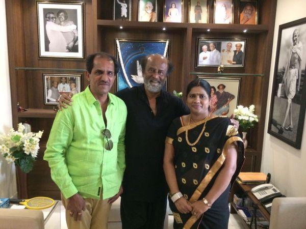 நடிகர் ரஜினியுடன் வையாபுரி மற்றும் அவர் மனைவி