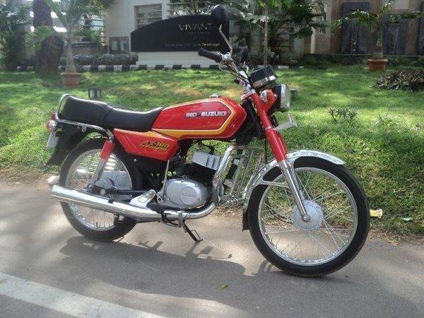 சுஸூகி AX100