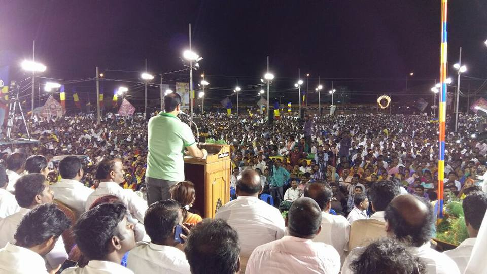 பொதுக் கூட்டத்தில் அன்புமணி ராமதாஸ்