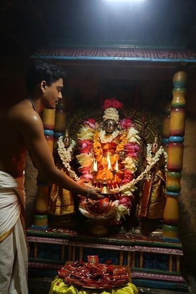 காளிகாம்பாள் பூஜை