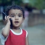 உங்கள் பிள்ளைகளுக்கு மொபைல் எவ்வளவு பிடிக்கும்? #VikatanSurvey