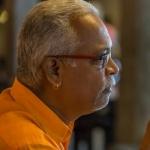 'சேரி பிஹேவியர் ' என்று சொன்ன காயத்ரிக்கு சாரு நிவேதிதா சொல்லும் விநோத தண்டனை!