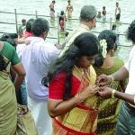 ஆடி மாதத்துக்கு மட்டும் அப்படி என்ன விசேஷம்?