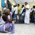 இன்னும் கவுன்டிங் மெஷினே வரலை... பணத்தை எப்ப சார் எண்ணி முடிப்பீங்க!?#Demonetization