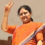 """""""ஜெயலலிதாவால் விரட்டப்பட்டவர்கள்... எம்.ஜி.ஆரால் நேசிக்கப்பட்டவர்கள்!"""" சசிகலாவின் பிக் பாஸ் பிளான்"""