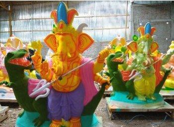 இந்த ஆண்டு ஸ்பெஷல்... ஜல்லிக்கட்டு விநாயகர்!
